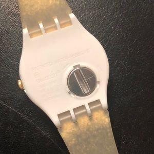 Swatch Accessories - Swatch watch with 3 straps